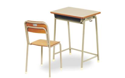 学生椅子 / 机 イメージ